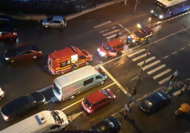 Inca un accident pe o trecere de pietoni din Oradea. Un barbat ce a traversat regulamentar a ajuns la spital