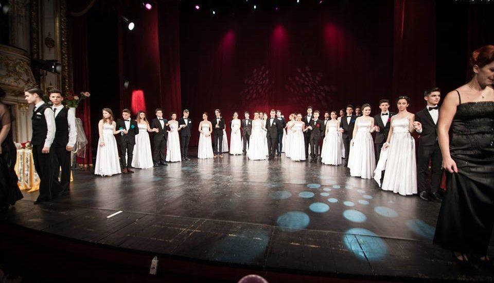 """""""Serată în stil vienez"""" organizata de Liceul Don Orione din Oradea"""
