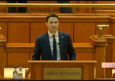 Alocatiile copiilor vor creste semnificativ de la 1 martie, in urma unui amendament al deputatului liberal Robert Sighiartau