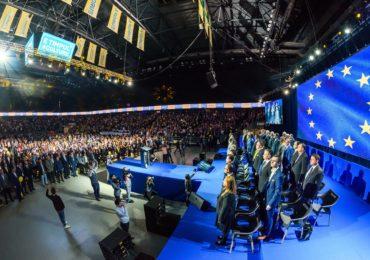 037 - Lans. Candidatilor Euro PNL - Cluj 31.03.2019 - RP1_6811