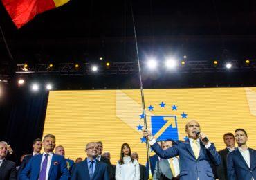 192 - Lans. Candidatilor Euro PNL - Cluj 31.03.2019 - FNC_8303