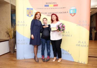 Gala Voluntarului in asistenta sociala (1)