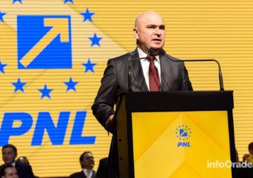 Liberalii s-au intalnit azi la Cluj-Napoca. Ilie Bolojan aplaudat la scena deschisa pe tot parcursul speechului (VIDEO/FOTO)