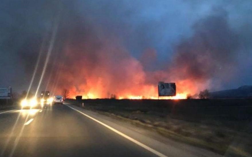 Zece incendii in 3 zile in mai multe localitati din judetul Bihor.