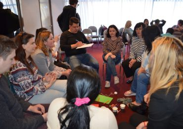 """130 de persoane au participat la workshopul """"Femeia romă – între prejudecată şi destin"""""""