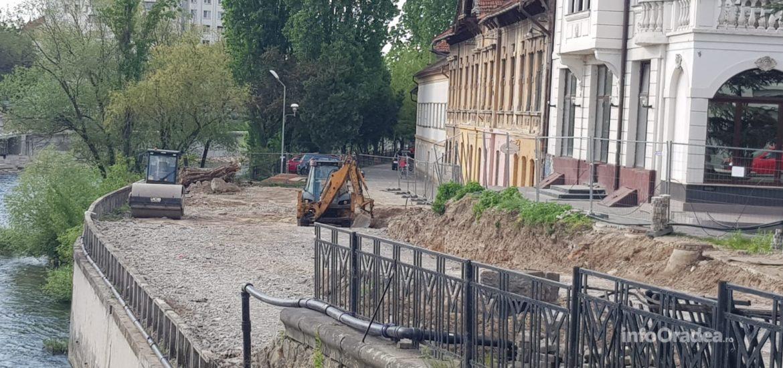 Se inchide strada Emilian Chitul. Lotus reia constructia barului-terasa de pe malul Crisului