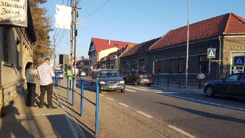 Primarul orasului Alesd, Ioan Todoca, a ajuns la spital, dupa ce a fost lovit de o masina pe o trecere de pietoni din localitate