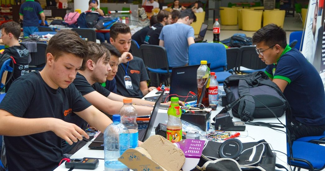 In perioada 3-5 mai se va desfasura, la Oradea, cel mai mare concurs de robotica din vestul tarii