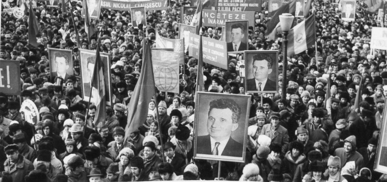 """Conferinţa cu tema """"România comunistă – dezumanizare şi suferinţă"""", sustinuta de un fost detinut politic"""