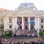 """Festivitate de absolvire la """"Eminescu"""" (FOTO)"""