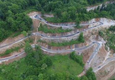 Un nou drum spectaculos a fost construit in Romania (FOTO / VIDEO)