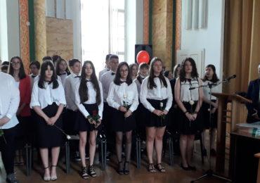absolventi clasa 8 eminescu oradea (5)