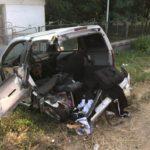Accident grav langa aeroport, un barbat a fost proiectat din masina pe carosabil si a ajuns la spital cu multiple leziuni