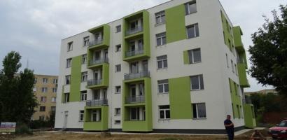 Listele finale cu medicii rezidenti care vor primi un apartament in blocurile ANL destinate acestora. Vezi daca esti pe lista