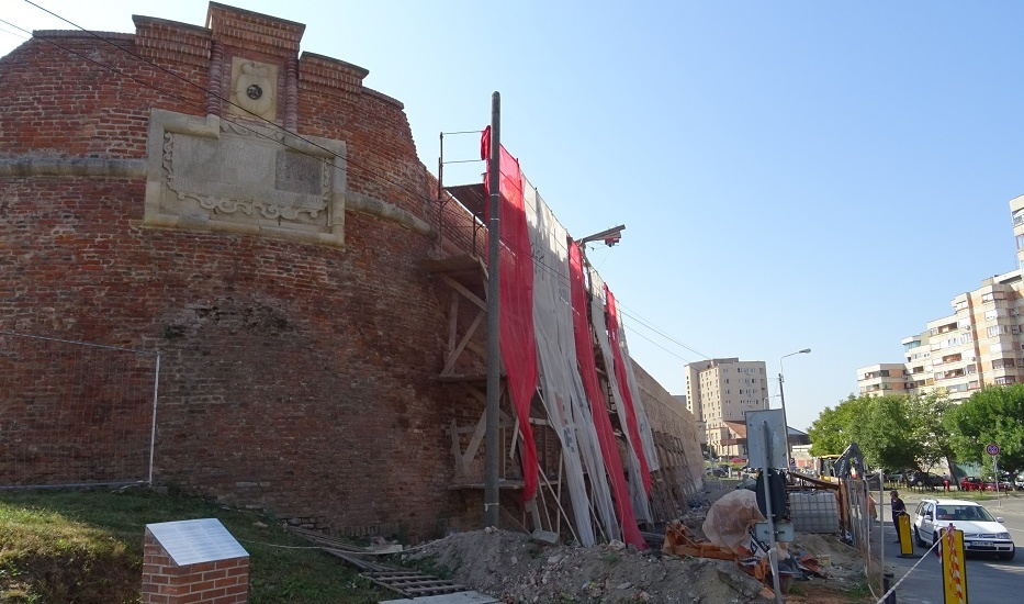 Continua reabilitarea Cetatii Oradea. (Galerie FOTO)