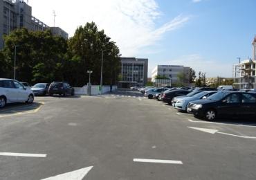 Primaria Oradea a refacut pardoseala parcarii de la Spitalul Municipal