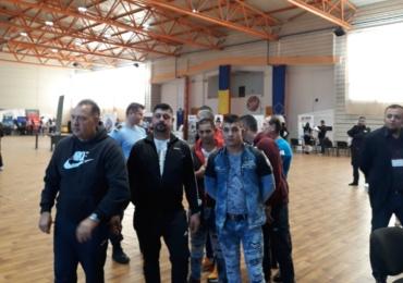 Detinutii in regim deschis ai Penitenciarului Oradea isi cauta de lucru. Au fost inclusiv la Bursa locurilor de munca
