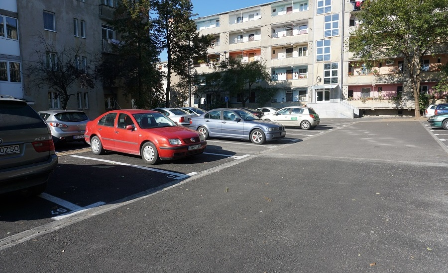 Primaria va realiza, pana la sfarsitul anului, 2000 de locuri noi de parcare in Oradea