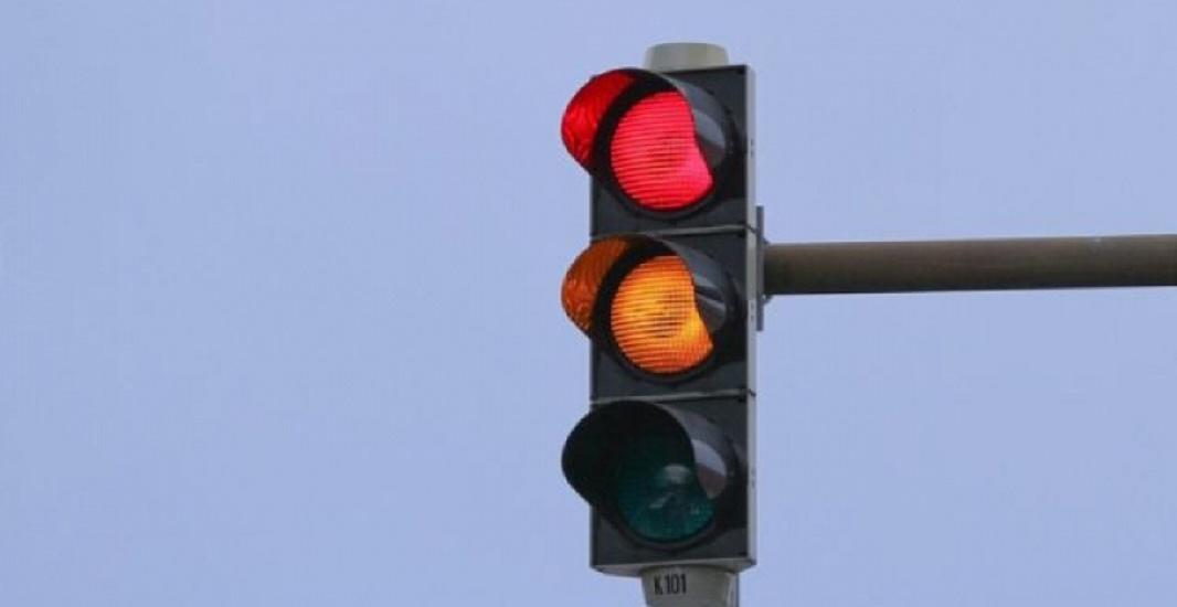 Incepand de maine vor fi instalate semafoare la intersectia strazilor Primariei si Decebal