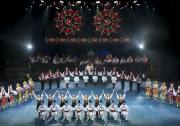"""Ziua Nationala a Romaniei sarbatorita prin Concertul Extraordinar """"Din suflet de român"""", alaturi de Teatrul """"Regina Maria"""" si  Ansamblul """"Crisana"""""""