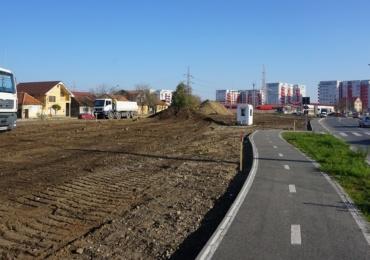 A inceput amenajarea coridorului verde de pe strada Barcaului din Oradea