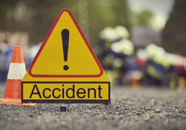 Accident grav langa Girisu Negru, un barbat a ajuns la spital si o femeie a fost ranita, in urma unui impact frontal dintre doua masini