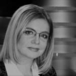 A murit Cristina Topescu! Politistii au gasit-o fara suflare in casa, dupa ce prietenii nu au mai dat de ea de 3 saptamani