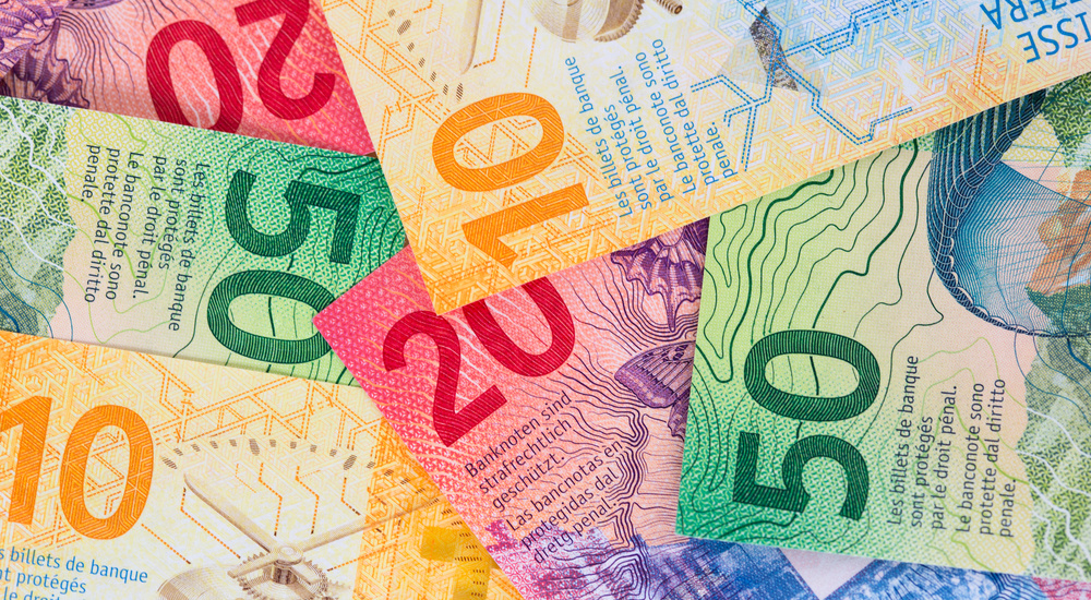 Se poate! O banca a sters datoriile unui oradean, in valoare de 52 de mii de franci elvetieni. Vezi cum a fost posibil