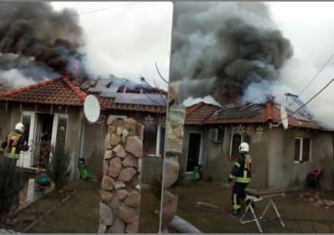 Incendiu violent in Osorhei. Focul a pornit de la o centrala termica alimentata necorespunzator
