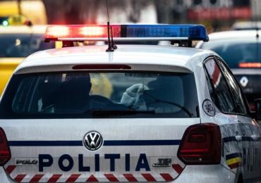 Doi tineri bihoreni, urmăriți internațional, condamnați pentru trafic de migranți în Austria, depistați de polițiștii bihoreni.