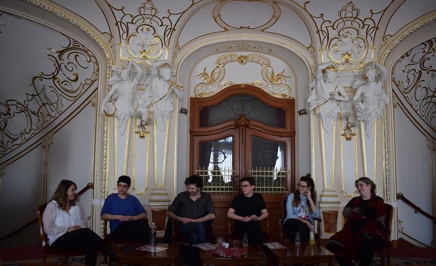 """Trupa Szigligeti a Teatrului Szigligeti pregătește premiera națională a piesei """"Familia Schroffenstein"""" de Heinrich von Kleist."""