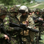 Partidul Miscarea Populara ii cere premierului sa trimita armata pe strazi