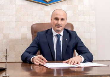 Prefectul Tiplea catre primarii din Bihor: Creati un fond de rezerva si actualizati paginile de internet ale primariilor, digitalizare este un demers firesc, care aduce primăriile din Bihor în secolul XXI