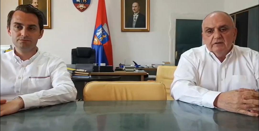 Dr. Carp: Numarul mare de imbolnaviri in Bihor este dat de numarul mare de testari. Jurca: Materialele din China au certificate de conformitate european. Vezi cati bani au dat pe aceste materiale