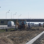 Se lucrează la drumul de legătură între strada Anghel Saligny și strada Nojoridului