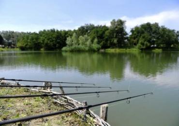 Minor de 13 ani din Lugasu de Jos prins la pescuit in perioada de prohibitie. I s-a intocmit dosar penal