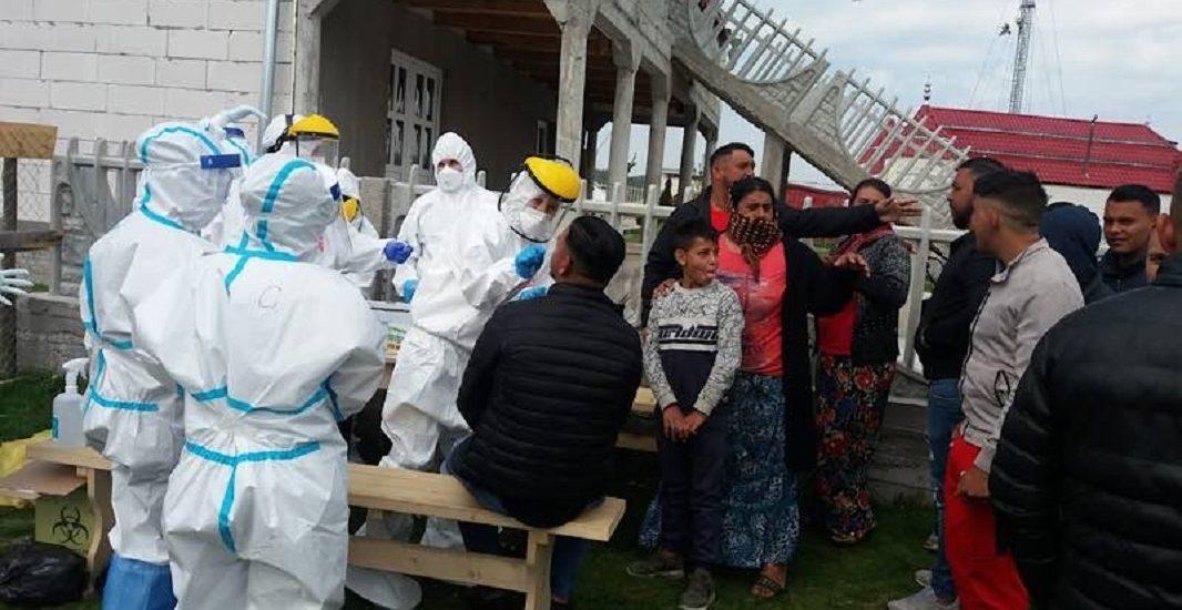 Prefectul Tiplea: Am carantinat intreaga colonie de romi de la Vadu Crisului, pentru ca prezinta risc epidemiologic