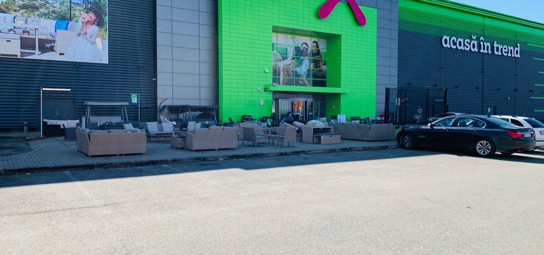 Magazinul Mӧmax din Oradea s-a redeschis incepand de ieri, 8 mai 2020