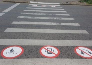 Trecerile de pietoni din Oradea vor avea pictograme cu avertismente.