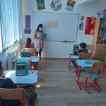 Acces online la educatie la Centrul After School din Ioaniș al Asociației Caritas Eparhial Oradea