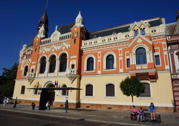 Dupa incendiul de acum 2 ani, Palatului Episcopal Greco-Catolic din Oradea are o noua fatada
