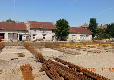Dupa 4 ani, Campusul scolar pentru invatamant special din Oradea a ajuns in faza de realizare a fundatiei