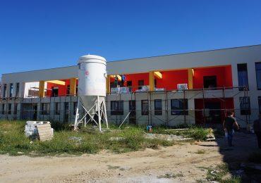 Parcul Industrial I Oradea va avea o gradinita pentru copiii angajatilor de acolo. Stadiul constructiei a ajuns la 65%