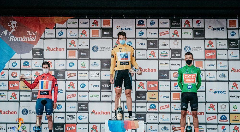 Germanul Justin Wofl de la Bike Aid a îmbrăcat primul tricou galben din Turul României. Astazi si maine urmeaza etapele de la Oradea