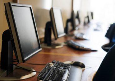 Primaria Oradea va accesa fonduri europene, in valoare de 5 milioane de euro, pentru dotari IT in scolile din Oradea