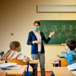 Elevii s-ar putea intoarce in bancile scolilor din 8 februarie
