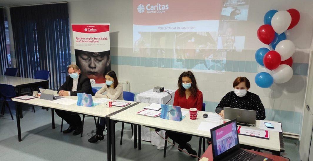 70 de voluntari au fost premiati pentru activitatea din 2020, la Ziua Voluntarului Caritas.