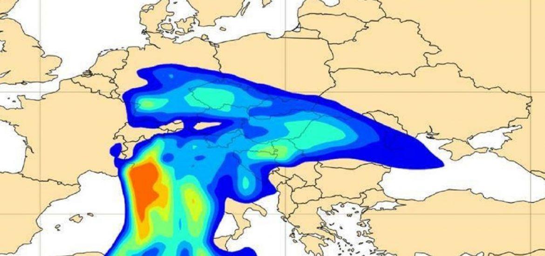 Un imens nor de praf saharian va trece peste Romania duminica noapte si va afecta vestul si centru tarii