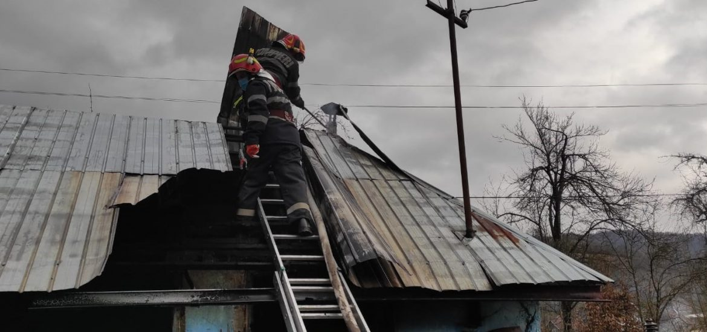 Bihorean ranit in urma incendiu produs la propria locuinta. A suferit arsuri de gradul 1 si 2