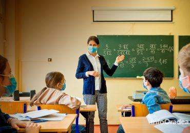 A doua saptamana de scoala in judetul Bihor incepe cu un numar mai mare de scoli in scenariul verde. In ce scenariu e localitatea ta